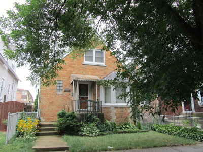 Elmwood Park Single Family Home For Sale: 2707 North 73rd Avenue