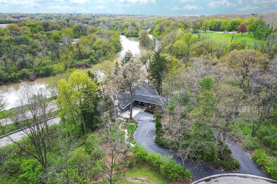Joliet Single Family Home For Sale: 2 Longwood Court