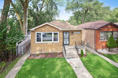 Chicago IL Single Family Home New: $239,990