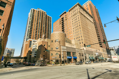 Condo/Townhouse New: 40 East 9th Street #1614