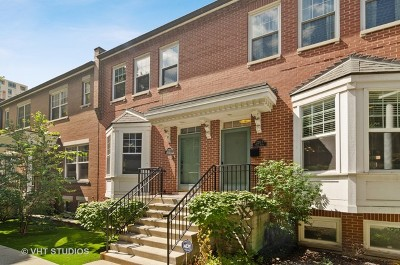 Condo/Townhouse For Sale: 220 West Scott Street #F