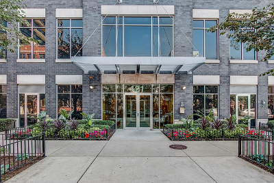 Condo/Townhouse New: 421 West Huron Street #1106