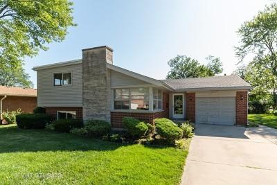 Elmhurst Single Family Home New: 326 East Huntington Lane