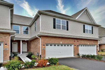 Addison Condo/Townhouse For Sale: 189 North Auburn Hills Lane