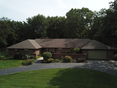 St. Charles IL Single Family Home New: $350,000