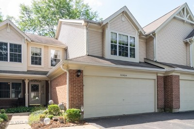 Warrenville Condo/Townhouse For Sale: 30w014 Laurel Court