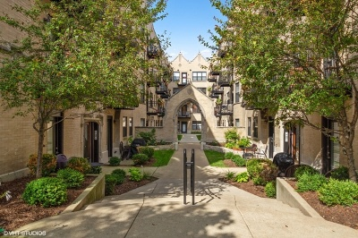 Condo/Townhouse New: 4438 North Damen Avenue #3W