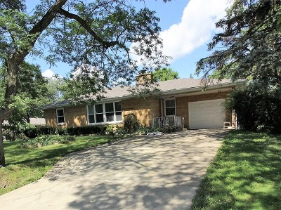 Roselle Single Family Home For Sale: 23w512 Woodworth Place