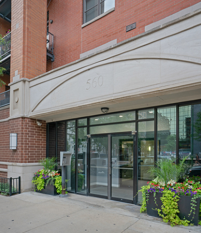 Chicago, Aurora, Elgin, Hammond, Joliet, Kenosha, Michigan City, Naperville Condo/Townhouse New: 560 West Fulton Street #204
