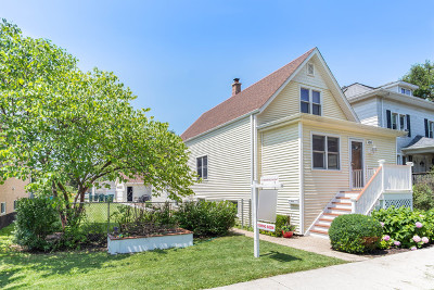 Brookfield Single Family Home For Sale: 4210 Forest Avenue