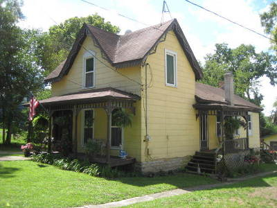 Wilmington IL Single Family Home For Sale: $169,500