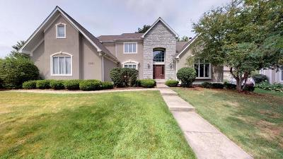 Aurora Single Family Home For Sale: 2321 Sutton Lane