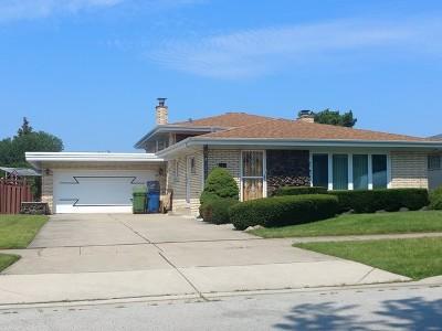 Oak Lawn Single Family Home Contingent: 10420 South Kolmar Avenue