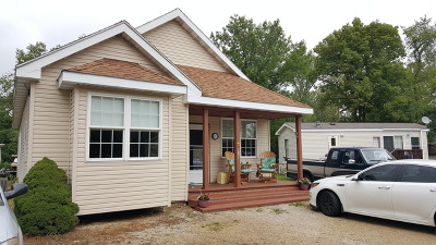 Wilmington IL Single Family Home For Sale: $137,500