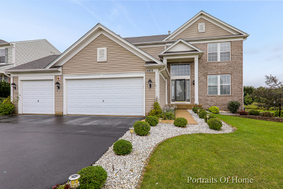 West Dundee Single Family Home For Sale: 600 Bradford Lane
