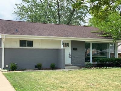 Morton Grove Single Family Home For Sale: 7531 Foster Street