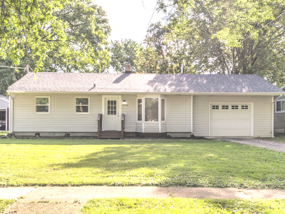 Huntley Single Family Home For Sale: 10916 Bonnie Brae Road
