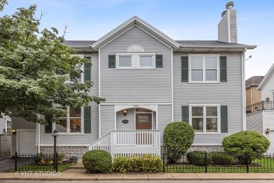 Single Family Home For Sale: 2847 North Wolcott Avenue