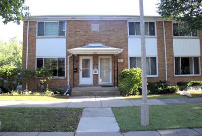 Skokie Condo/Townhouse For Sale: 4721 Madison Street #D