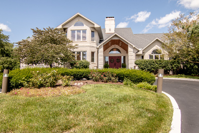 Darien Single Family Home For Sale: 2004 Black Swan Court