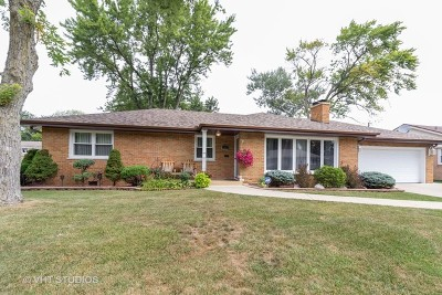 Worth Single Family Home For Sale: 6872 West 115th Place
