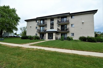 Darien Condo/Townhouse For Sale: 8410 Captons Lane #302