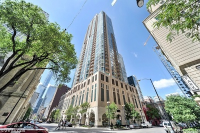 Condo/Townhouse For Sale: 21 East Huron Street #1002