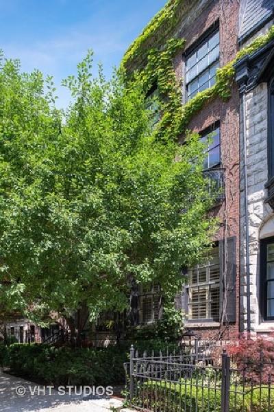 Single Family Home For Sale: 30 East Scott Street