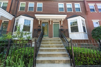 Condo/Townhouse For Sale: 217 West Goethe Street