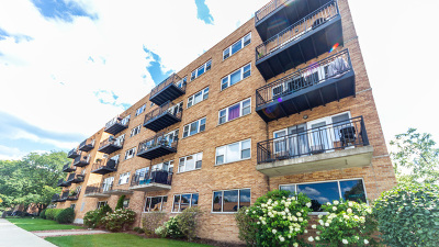 Condo/Townhouse For Sale: 2525 West Bryn Mawr Avenue #501