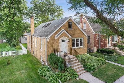 Skokie Single Family Home For Sale: 8115 Kostner Avenue