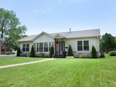Norridge IL Single Family Home For Sale: $389,000
