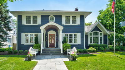 Glen Ellyn, Wheaton, Lombard, Winfield, Elmhurst, Naperville, Downers Grove, Lisle, St. Charles, Warrenville, Geneva, Hinsdale Single Family Home For Sale: 211 North Lincoln Street