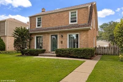 Skokie Single Family Home For Sale: 8136 Kolmar Avenue