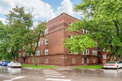 Condo/Townhouse For Sale: 7233 North Damen Avenue #3