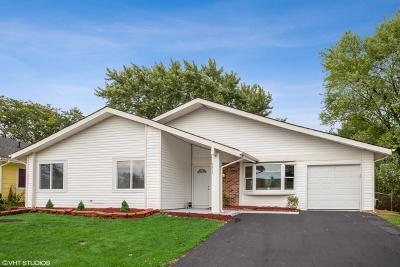 Hanover Park Single Family Home For Sale: 5215 Cinema Drive