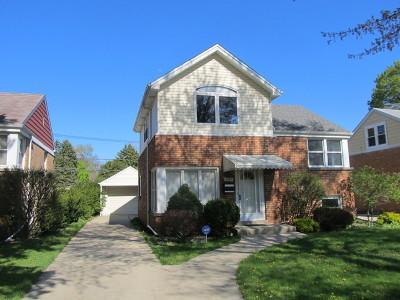Morton Grove Single Family Home For Sale: 8917 Marmora Avenue