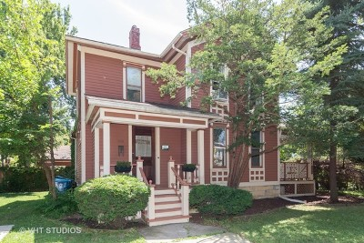 Aurora Single Family Home For Sale: 240 South Lincoln Avenue