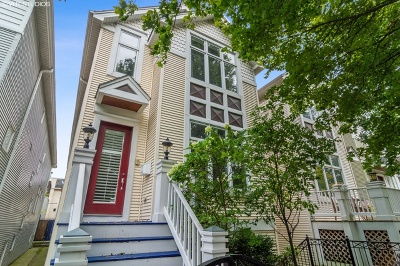 Single Family Home For Sale: 3005 North Oakley Avenue