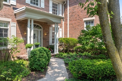 Westchester Condo/Townhouse For Sale: 2530 East Chesapeake Place