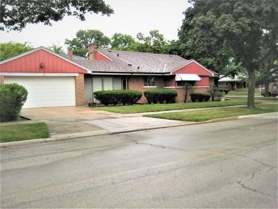 Skokie Single Family Home For Sale: 5101 Fargo Avenue
