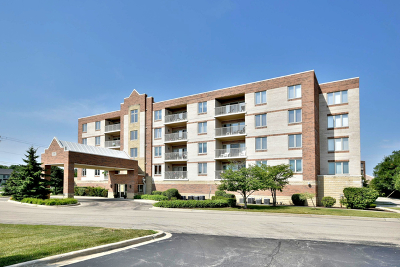 Elmhurst Condo/Townhouse For Sale: 175 West Brush Hill Road #405