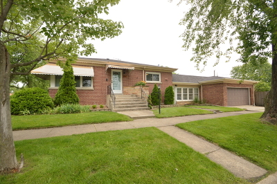 Westchester Single Family Home For Sale: 1357 Heidorn Avenue