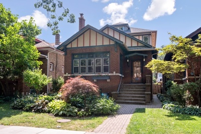 Single Family Home For Sale: 4442 North Francisco Avenue