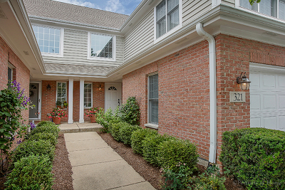 Glen Ellyn Condo/Townhouse For Sale: 321 Turnberry Lane