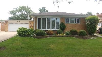 Morton Grove Single Family Home For Sale: 9431 Merrill Avenue