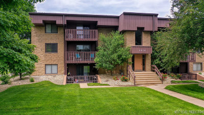 Crest Hill Condo/Townhouse For Sale: 1510 North Rock Run Drive North #3A