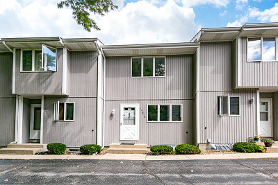 Plainfield Condo/Townhouse For Sale: 14816 South Penn Road