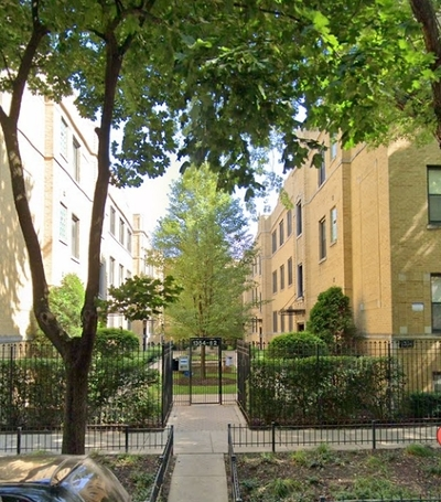 Condo/Townhouse For Sale: 1354 West Estes Avenue #3N