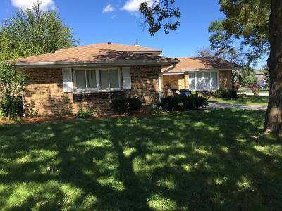 Addison Single Family Home Price Change: 828 West Heritage Drive